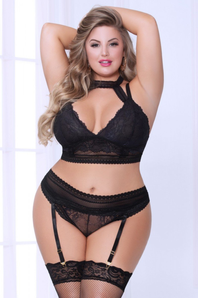 Net Black Plus Size Bra & Garter Set