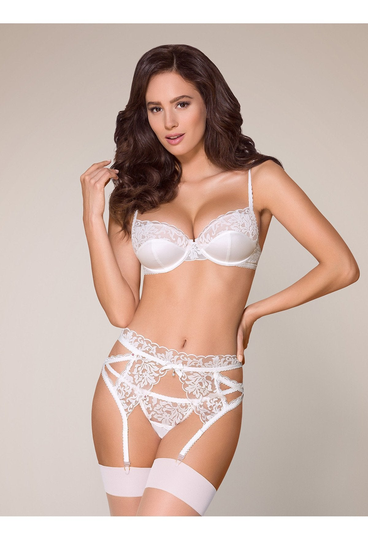 Obsessive Romantic White Lingerie Set