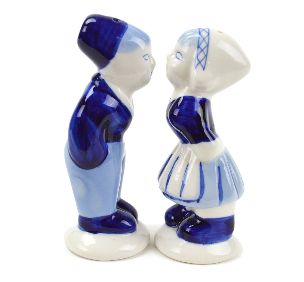 Collectible Pepper and Salt Shakers: Delft Kiss - Below $10, Collectibles, Dutch, Home & Garden, Kissing Couple, Kitchen Decorations, PS-Party Favors, PS-Party Favors Dutch, S&P Sets, Tableware, Under $10