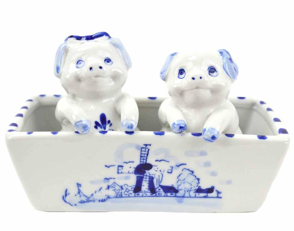 Pig Pepper and Salt Shakers: Pigs - AN: Pigs, Below $10, Ceramics, Collectibles, Delft Blue, Dutch, Home & Garden, Kitchen Decorations, S&P Sets, Tableware, Top-DTCH-A, Under $10