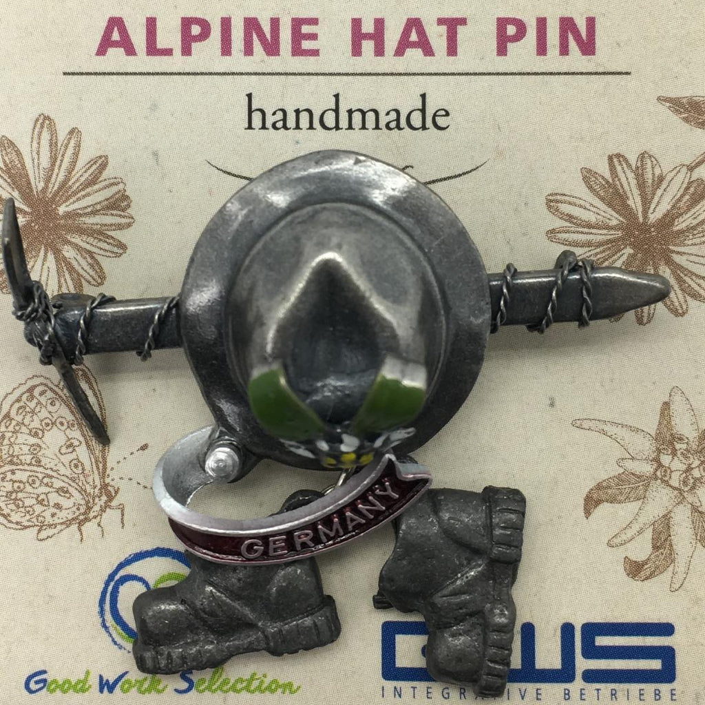 HP501: HAT PIN: AXE & HAT W/BOOTS
