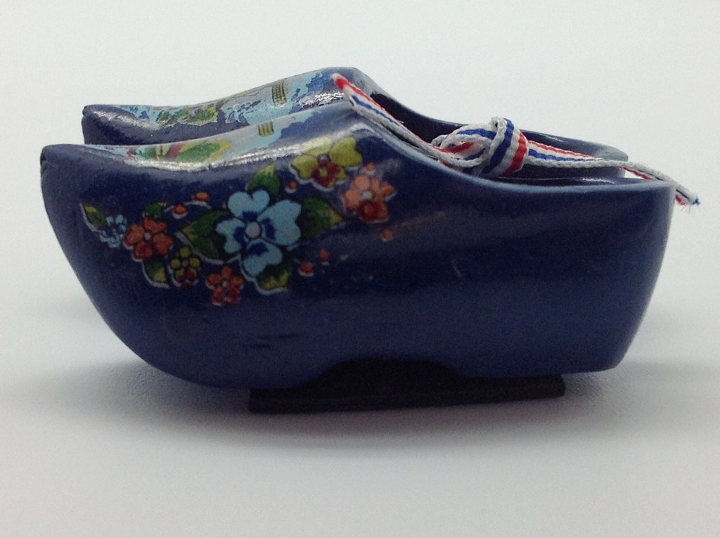 Dutch Wooden Clogs Gift Magnets - 1.5 inches, 2.5 inches, Blue, Collectibles, Color, CT-600, Decorations, Delft Blue, Dutch, Home & Garden, Kitchen Magnets, Magnets-Dutch, Magnets-Refrigerator, Multi-Color, Netherlands, PS-Party Favors, PS-Party Favors Dutch, Red, wood - 2 - 3 - 4 - 5