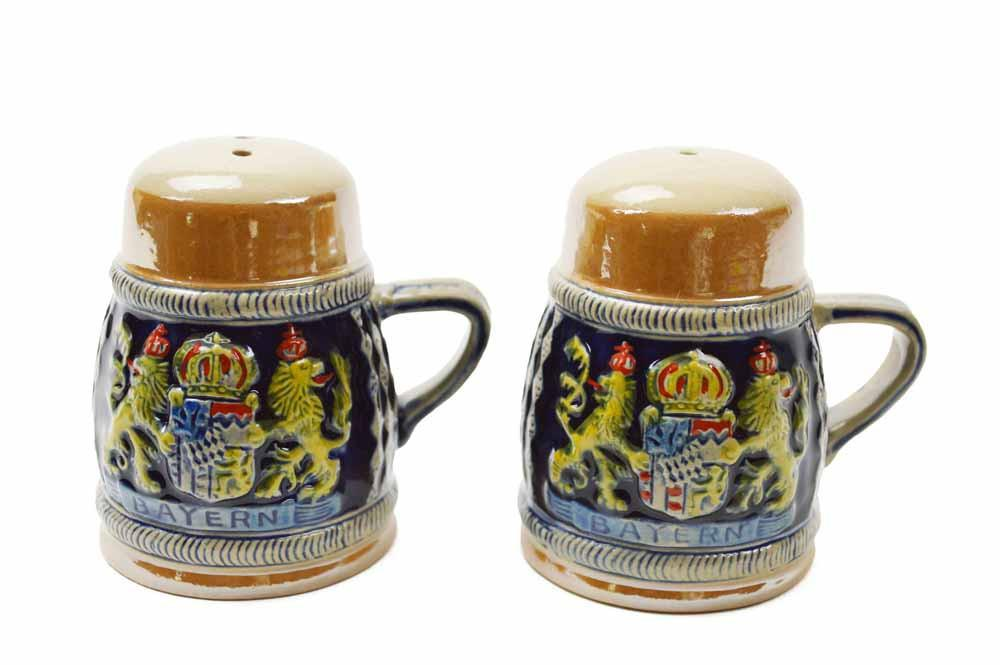 Bayern Coat of Arms Engraved Beer Stein Salt & Pepper Set - Alcohol, Barware, Bayern, Beer Glasses, Coffee Mugs, Collectibles, CT-526, Decorations, Drinkware, German, Germany, Home & Garden, Kitchen Decorations, Multi-Color, PS- Oktoberfest Essentials-All OKT Items, PS- Oktoberfest Table Decor, PS-Party Favors, S&P Sets, S&P Sets-German, Tableware, Top-GRMN-A