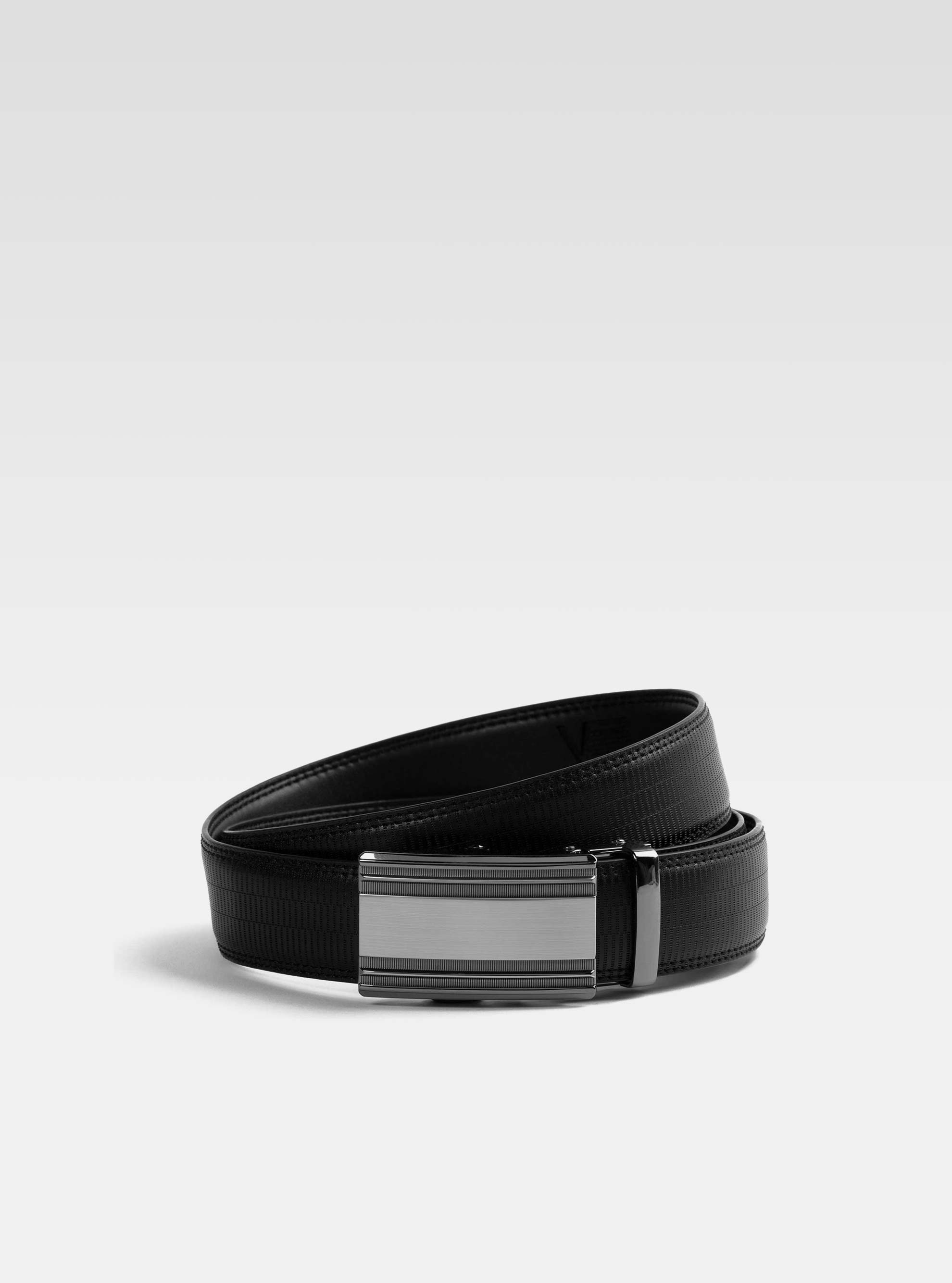 Black adjustable automatic belt