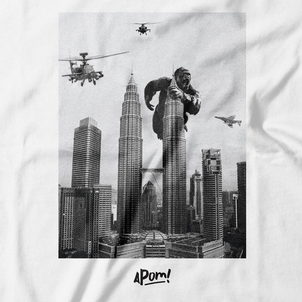 Kids - T-Shirt - King Kong on Petronas Twin Towers - White