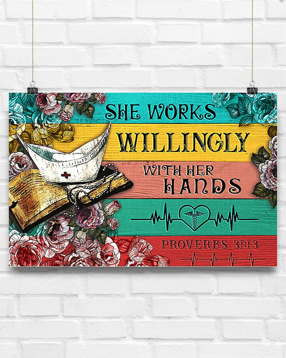 Nurse She Works Willingly With Her Hands Horizontal Canvas And Poster | Wall Decor Visual Art