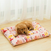 Load image into Gallery viewer, 2018 Winter Pet Blanket Cute Candy Color Warm Pet Sleep Mats Solid Beds Pad For Big And Small Dogs Foldable Pet Cushion