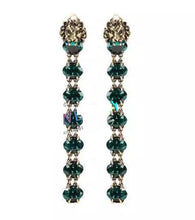 Load image into Gallery viewer, New Arrival Vintage & Elegant Lion Head Dangling Green Cubic Zirconia Stud Earring