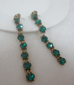 New Arrival Vintage & Elegant Lion Head Dangling Green Cubic Zirconia Stud Earring