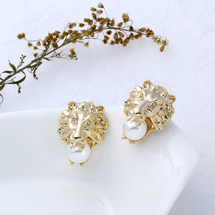 Very Striking 24K Gold Plate Lion Stud Earrings With Simulated Pearls
