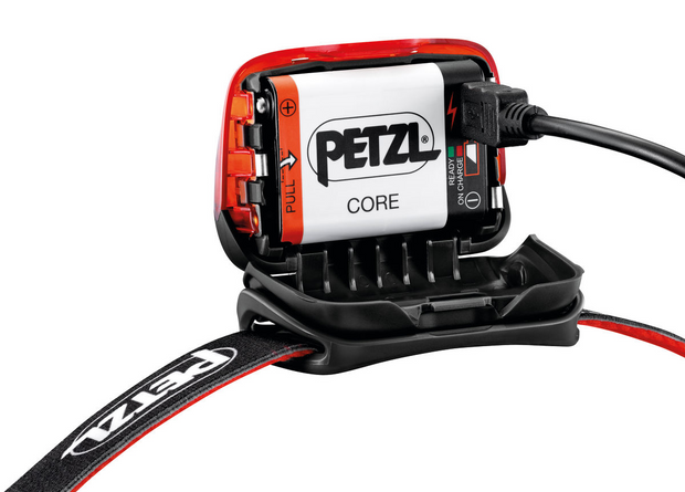 Petzl Hybrid Concept Actik Core 450 Lumens LED Rechargeable Headtorch