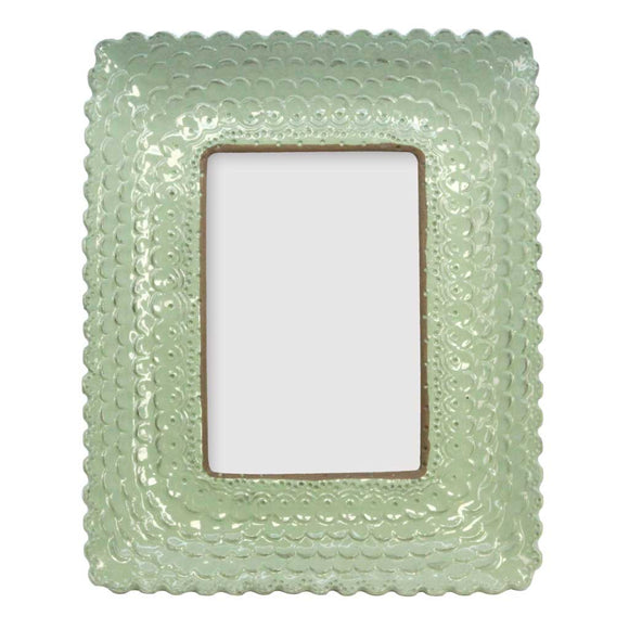 Resin scallop frame green