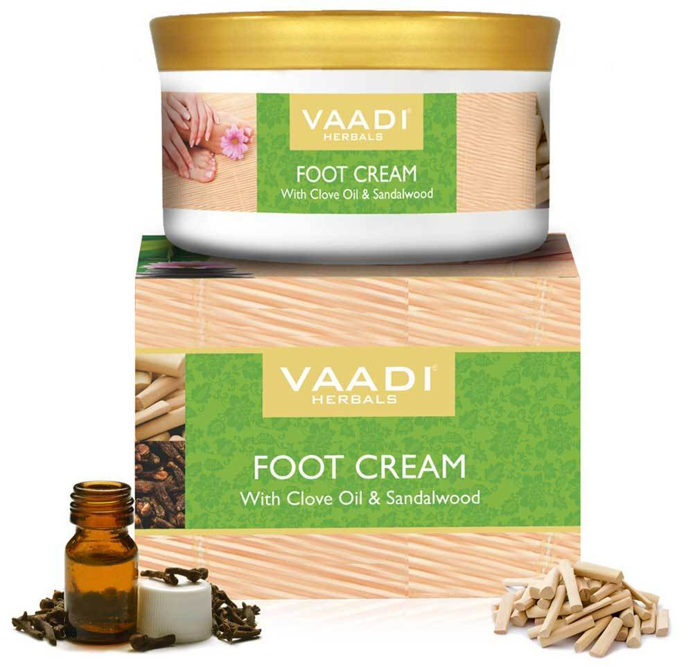 Organic Foot Cream with Clove & Sandalwood Oil - Softens Dry & Cracked Feet - Deep Moisturises (150 gms / 5.3 oz)