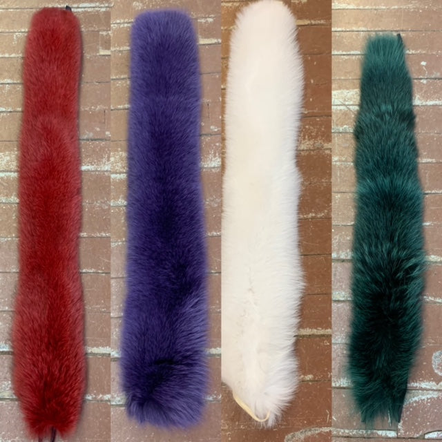 Dyed Blue Fox Hood Ruffs - Quality #1