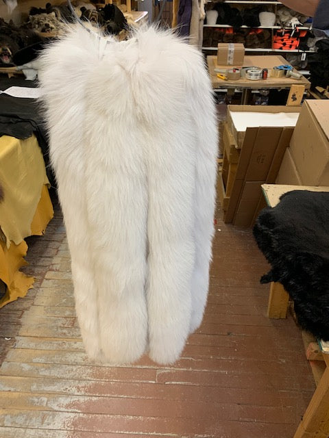 Natural Blue Fox Tail Hood Ruff - Bill Worb Furs Inc.