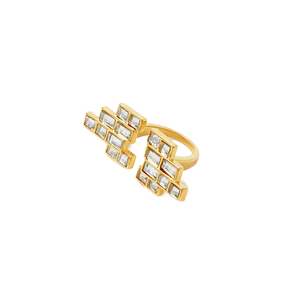 Ring in the celebrations with our charming disco ring crafted in a medley of mirror & gold-plated brass.