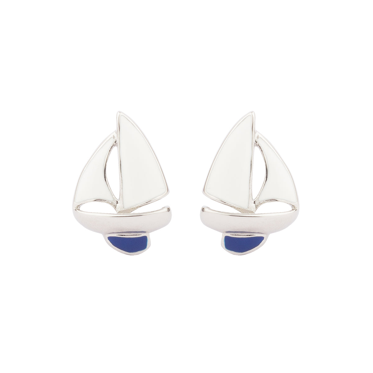 Set your style spirit free and intertwine in wonder with the winds as they catch the sails of this unconventional set of cufflinks.