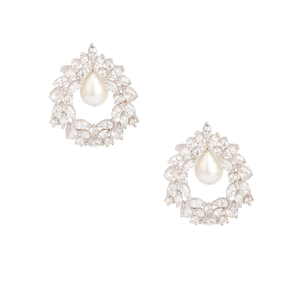 Like a star-studded dream straight from the skies, this pair brings a celestial feel to your overall look. Elegant and classic, this Ajubelle piece is crafted with white stones set in a floral reef like design with a pearl drop.