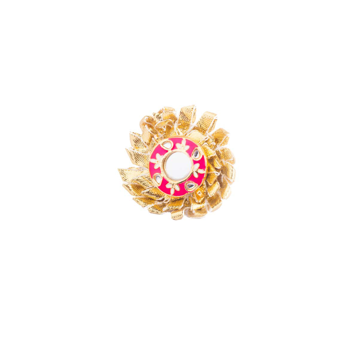 Ideal for a destination wedding, turn on the chic with this gota floral ring finished in the center with enamel and mirror.