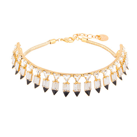 At the crossroads of crisp cuts & a monochrome colour scheme is this ever-so-stylish and versatile choker. Crafted for western couture, this piece will take your outfit from done & drab to fashionable & fab!