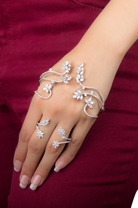 Palm Cuff with Ring