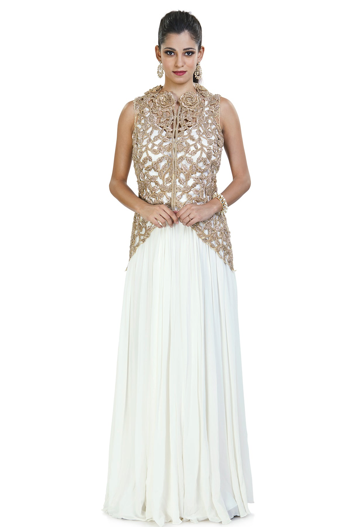 This enchanting white evening jumpsuit is perfect for your best friend's sangeet ceremony. It is enhanced with the golden cage work on its delicate jacket using cut-dana.