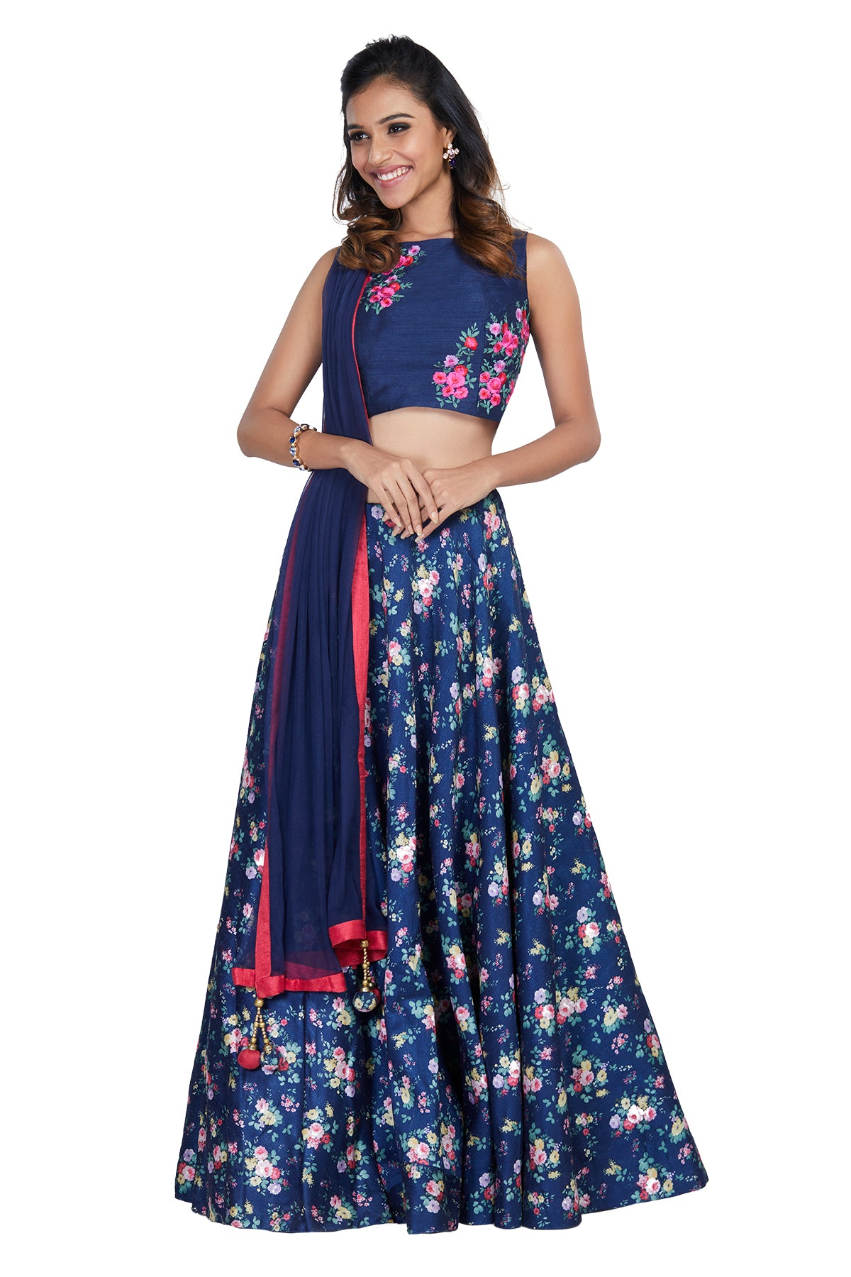 Floral love is calling you! This pretty piece can also be worn without the dupatta to give it an indo western look. It comes with an open back to flaunt your sexy back.