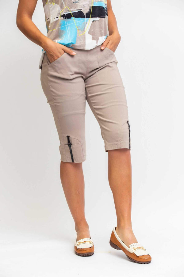 "Jamie Sadock Bali Skinnylicious Women's Pull on Stretch 24""  Golf Knee Shorts-Frappachino - the-ladies-pro-shop-2"