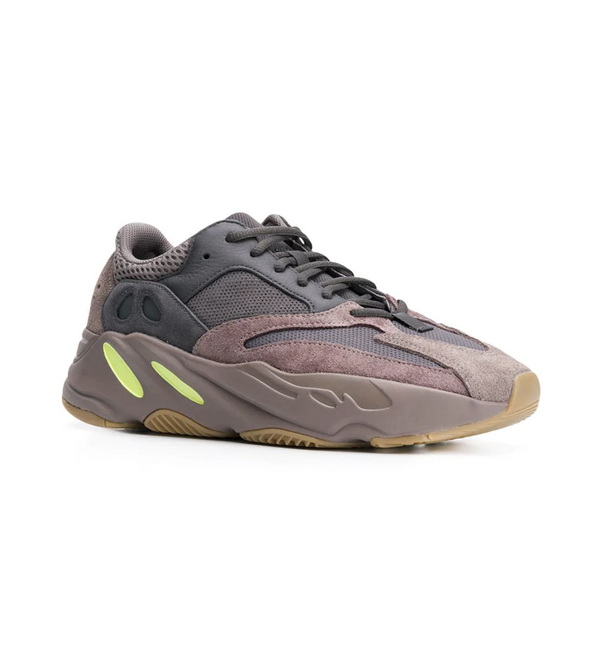 3d08281644c57 6121824. Adidas x Yeezy Boost 700 Mauve sneakers