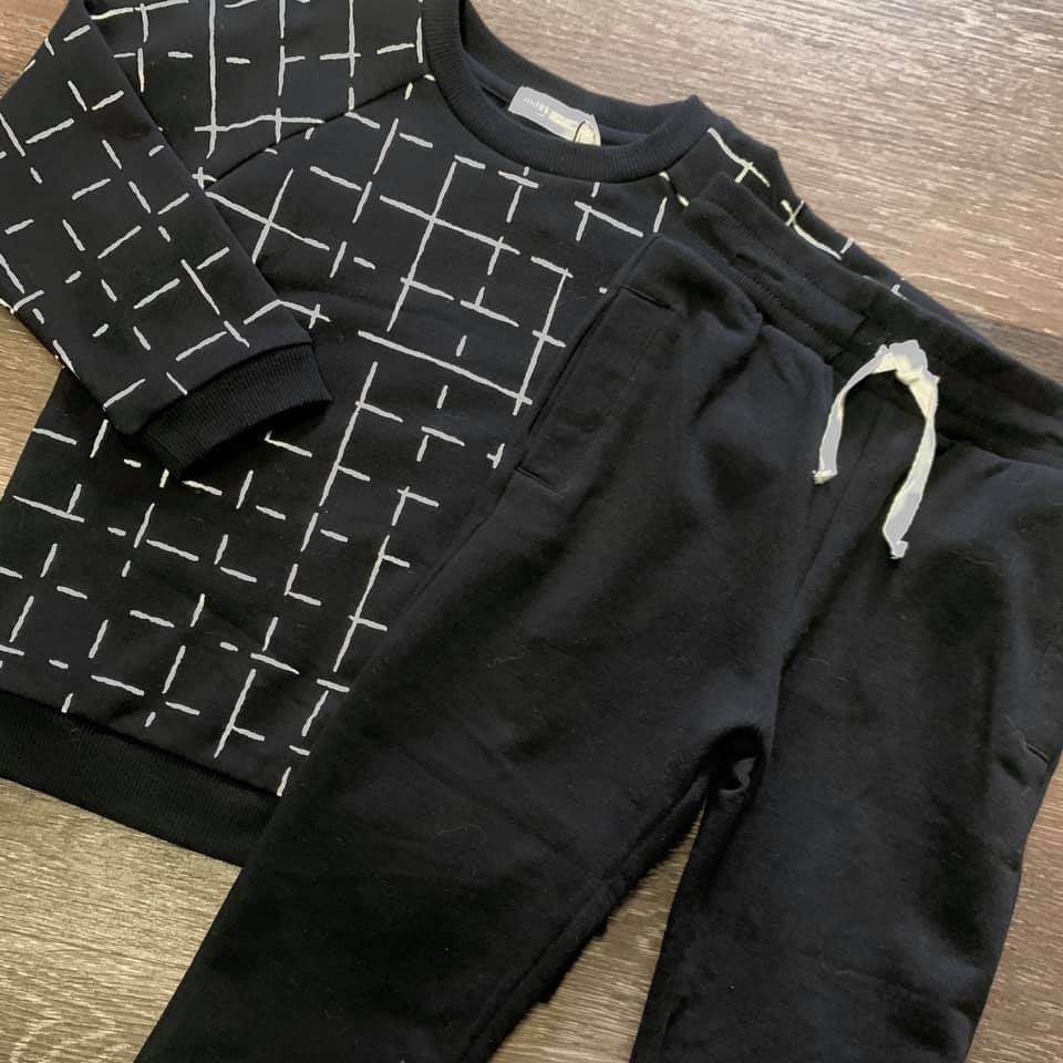Miles Black Grid Sweatshirt