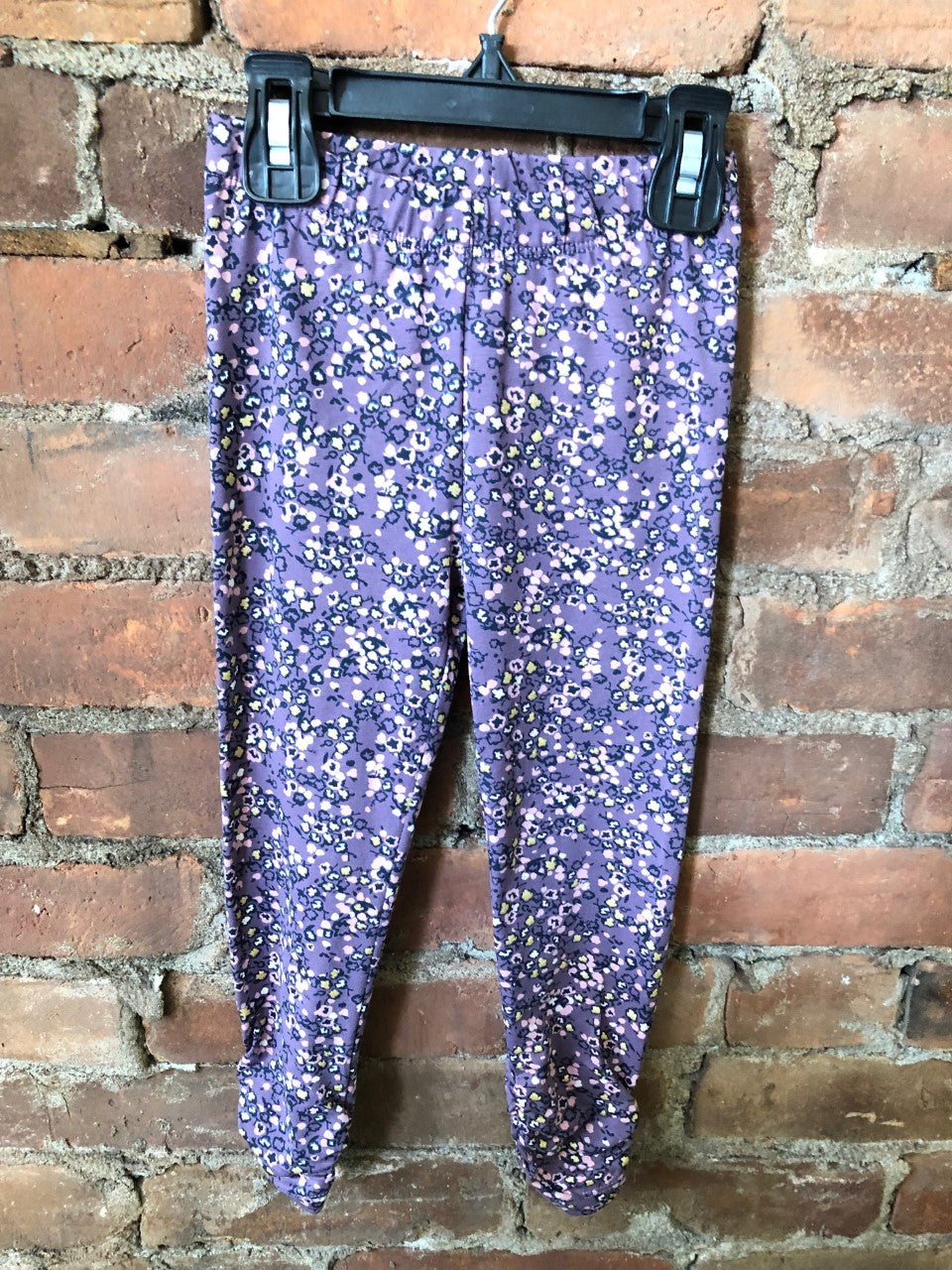 Floral Print Ruched Plum Leggings - Lullaby's Boutique