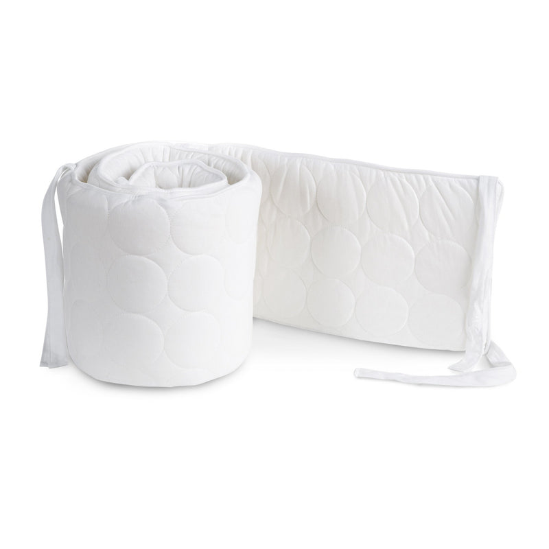 Oilo Quilted White Bumper – White Piping & Ties