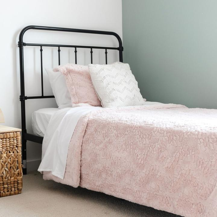Saranoni Dream Twin Blanket - Blush