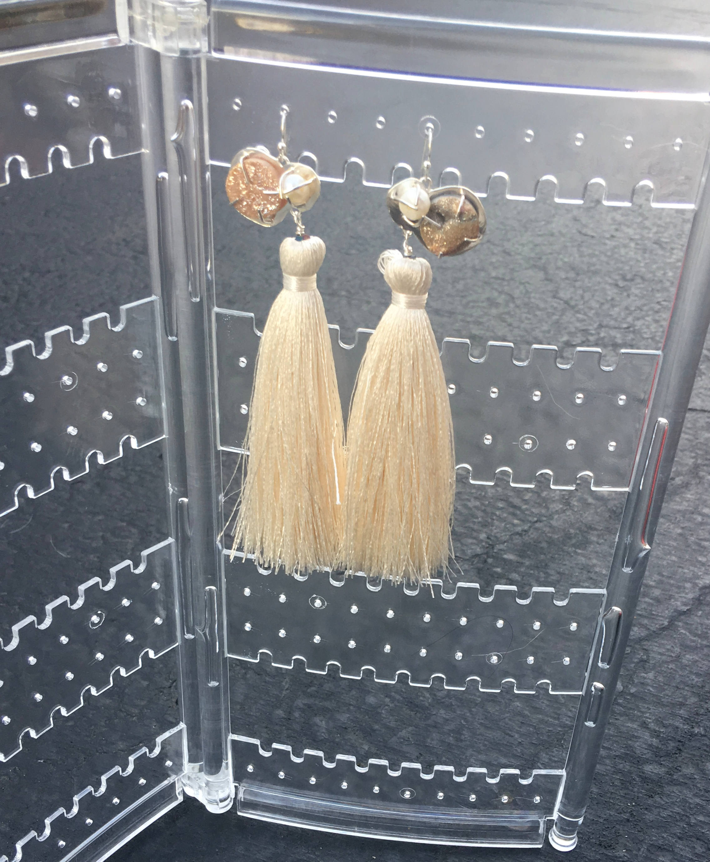 Chalcedony Agate- Freshwater Pearl- Cream Tassel Earrings