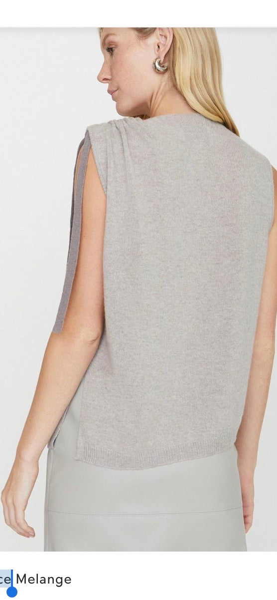 * Brochu Walker Twist Tank