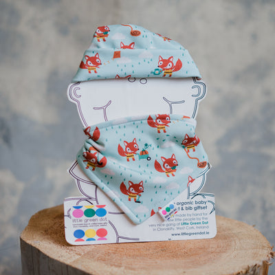 Hat & Bib Gift Set