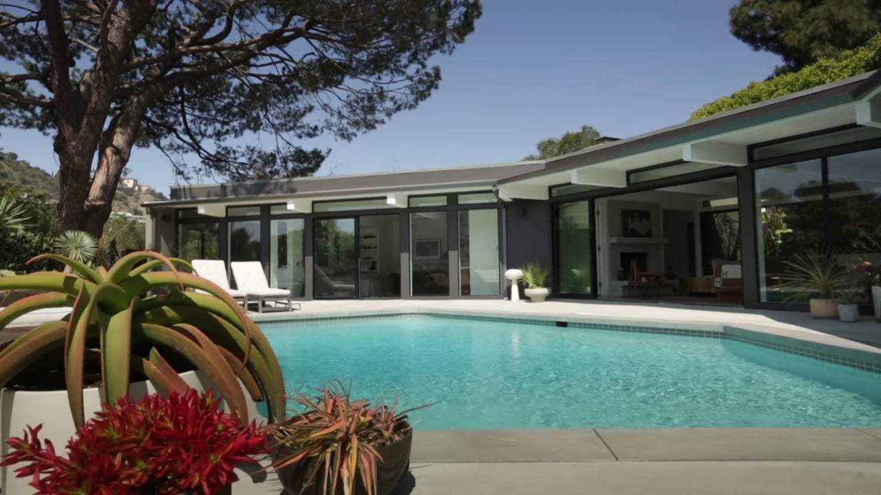 Unbelievable Celebrity Homes that You Can Rent