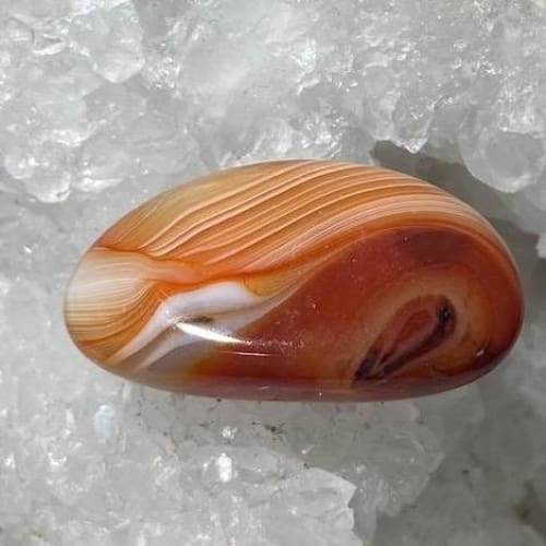 Agate Rouge
