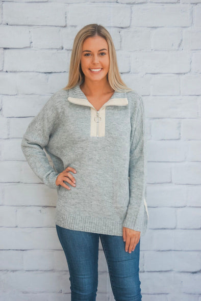 HALF ZIP PULLOVER IN GREY