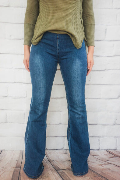 KARLIE MEDIUM WASH DENIM PULL ON FLARES