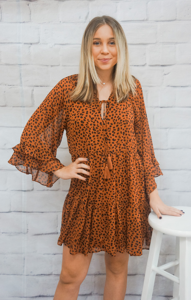 LEOPARD RUFFLE DRESS IN RUST
