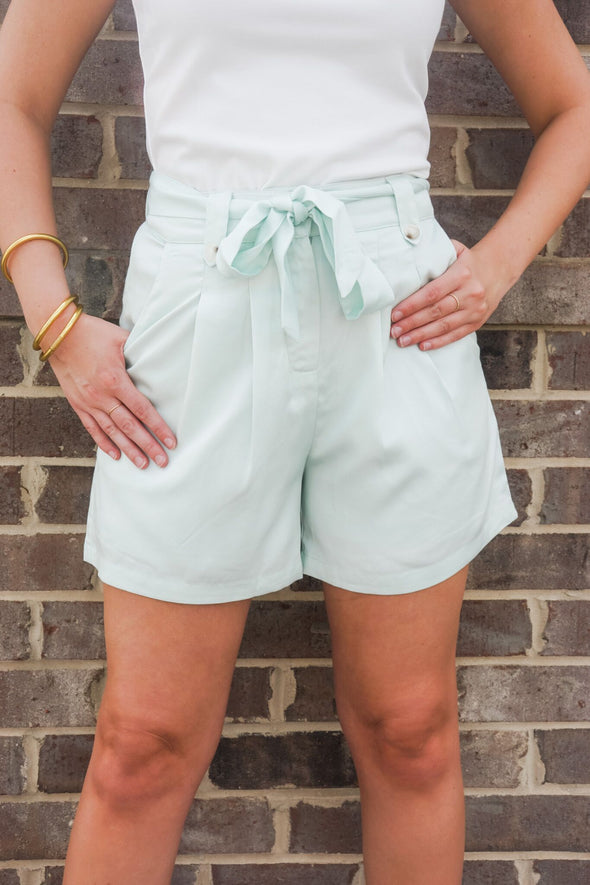PISTACHIO GREEN PLEATED SHORTS