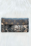 LOUIS VUITTON GRUNGE BLACK COUNTRY CLUTCH WALLET