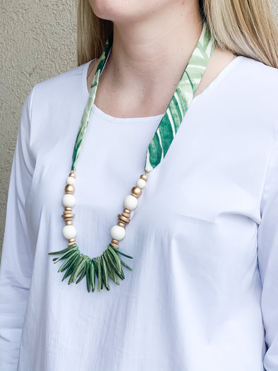 HARPER FAYE GREEN PALM NECKLACE