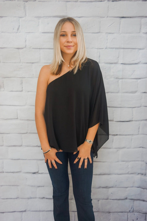 ONE SHOULDER BLOUSE IN BLACK