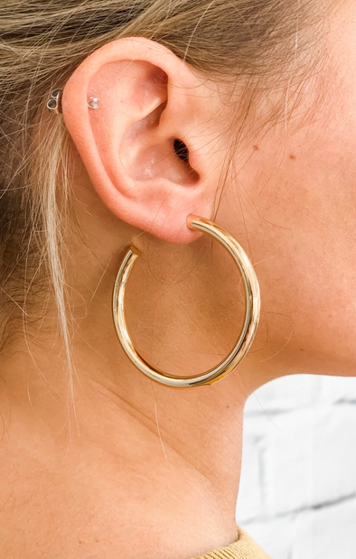 GOLD HOLLOW HOOP EARRING (50MM)