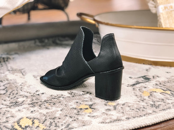 CARLITA COW LEATHER BOOTIE