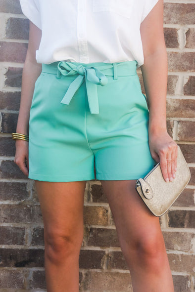 MOLLY BRACKEN EMERALD PLEAT SHORTS