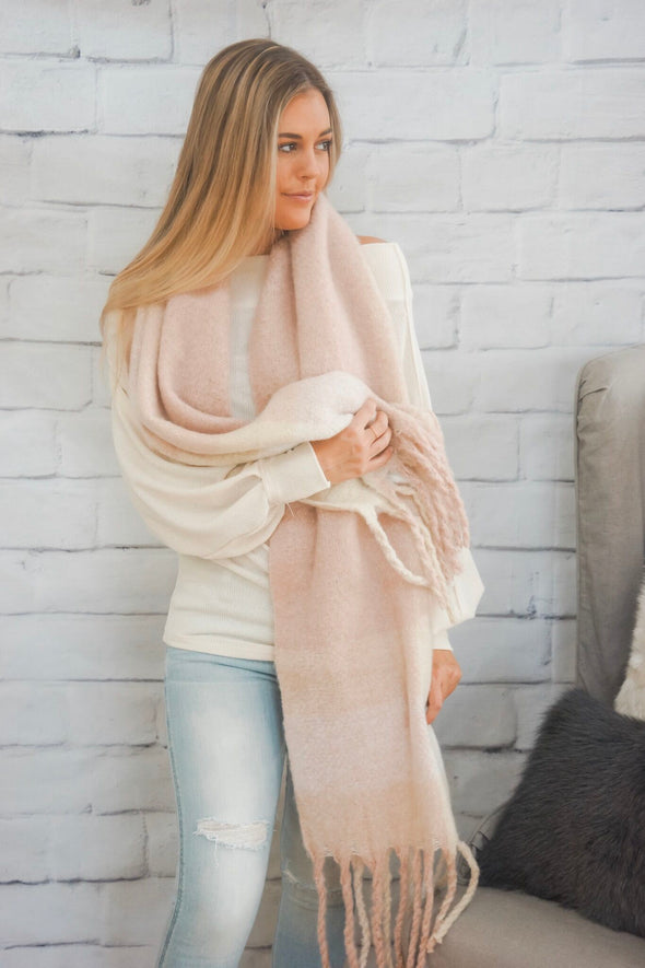 ROSE OVERSIZED SCARF