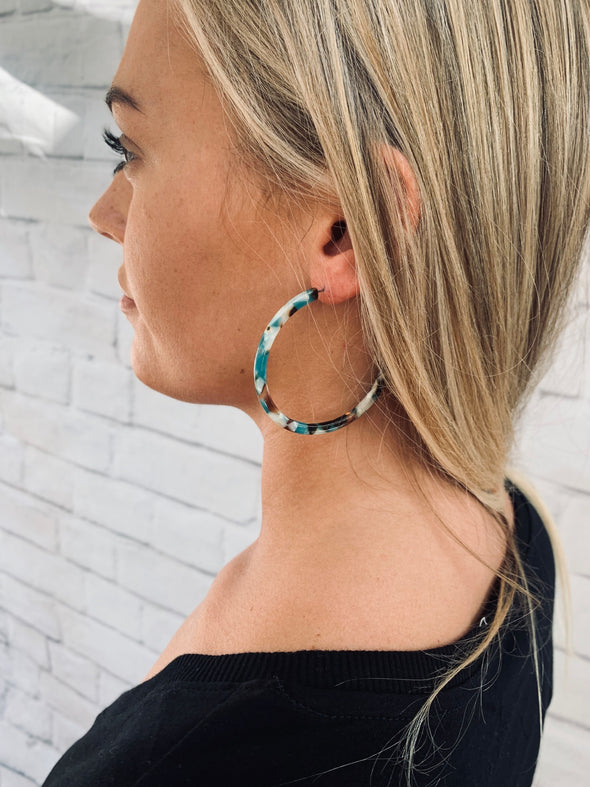 OFF THE RUNWAY HOOP EARRING - BLUE TORTOISE